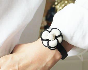Camelia Flower Motive Lamb Skin Bracelet(Black/White Combi)