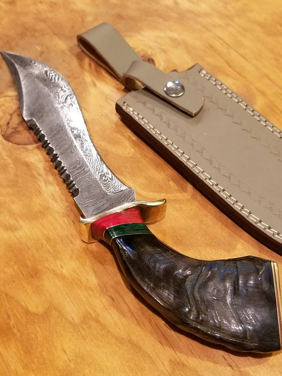 Handmade Ram Horn Handle Hunting Knife Damascus Blade Collection With Leather Sheath Premium Outdoors Bowie (A257)
