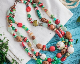 Rouge vert necklace_ivory brown_handmade lampwork_textile wood_multistrand_boho en céramique wedding_tribal chic gypsy Strega_Frida Kahlo au Mexique