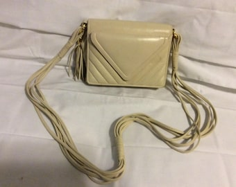 Vintage cream leather with mirror
