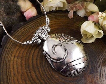 Tibetan Silver Dome Necklace