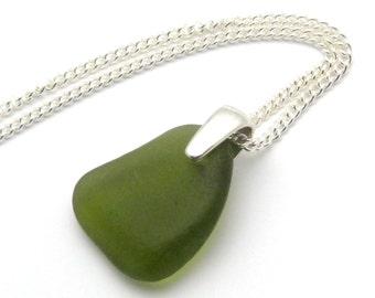 Collier en verre dépoli, collier pendentif mer vert fougère fougère