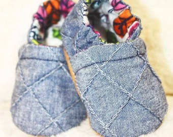 Blue Diamond Crib Shoes, Baby Booties, Baby Shower