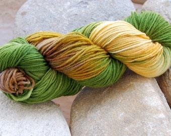 handdyed sockyarn superwash - wool/nylon mixture - sports weight - colour 66