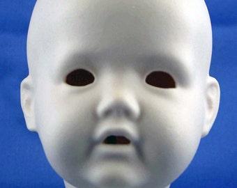 """Reproduction head """"Baby Hilda"""" by Kestner (029)"""