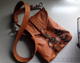 SMALL MESSENGER - olive green leather bag - custom leather satchel bag - small leather messenger bag - crossbody purse - cross body handbag
