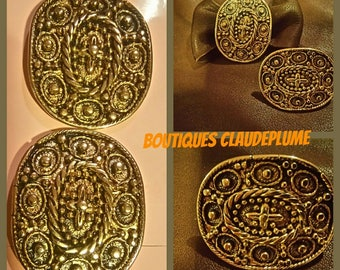 2 decorations golden metal medieval style earwire