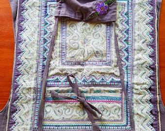 Mei Tai Babycarrier with Hmong Tribe Handembroidery and Hemp