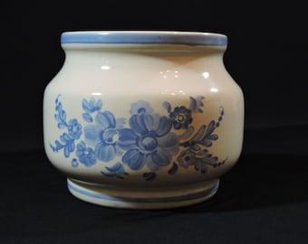 FTD Planter - Vintage Blue and White Ceramic
