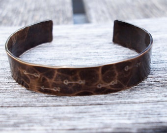 Aged Bronze, Hammered Arrow Cuff, Bronze Cuff, Travel Lovers Jewelry, Inspiration Jewelry, 8th Anniversary Gift