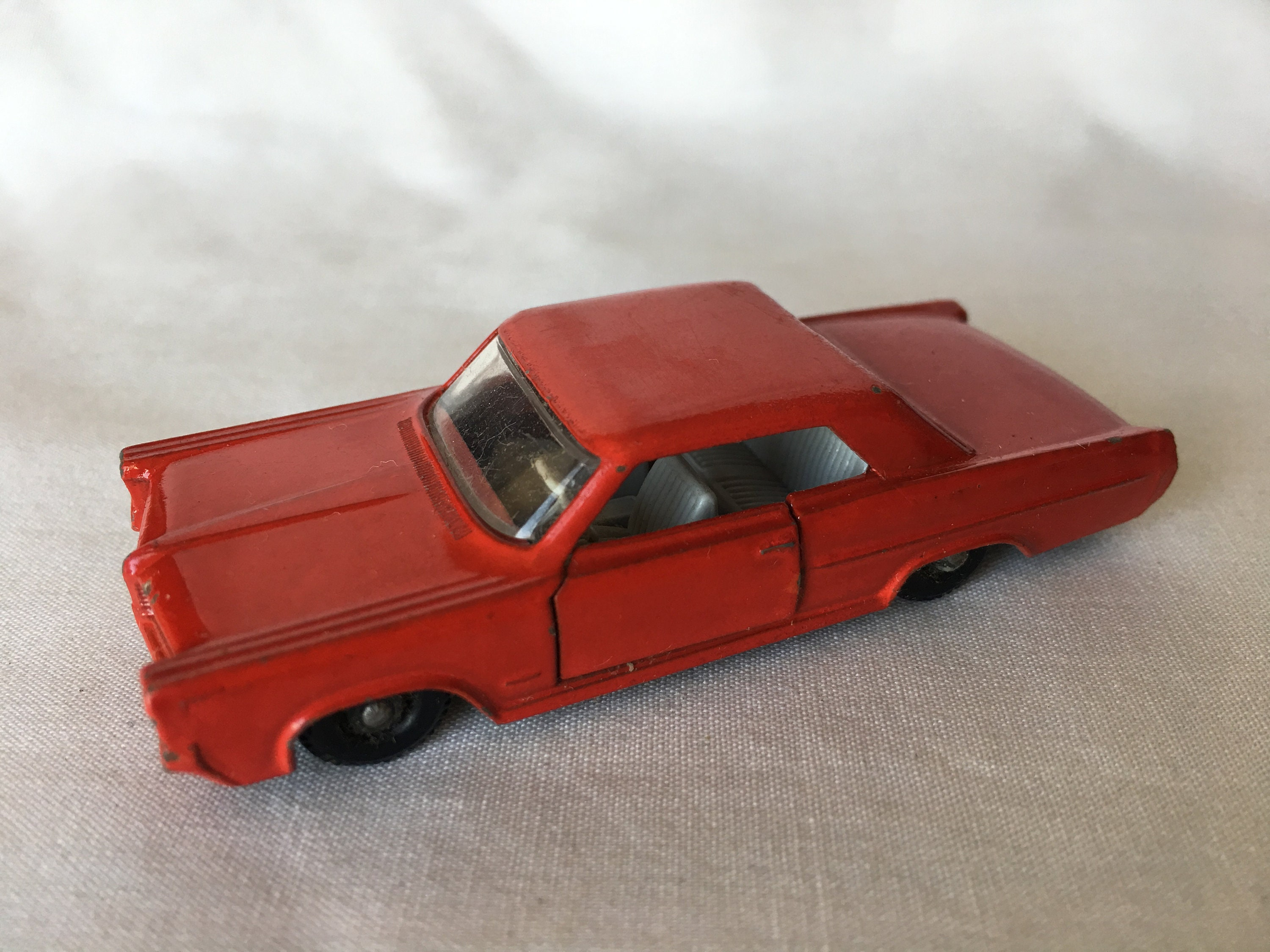Pontiac GP Sports Coupe, Matchbox, vintage '60s