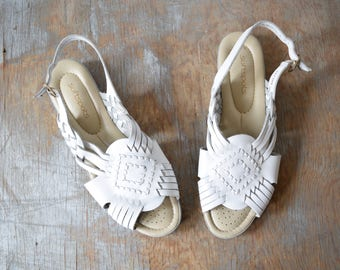 RESERVED until 5/25 white woven leather sandals, vintage huarache sandals, boho slingback sandals, size 8.5 shoes