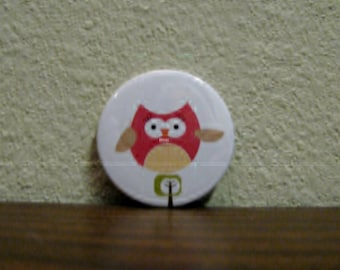 bright eyed red owl magnet