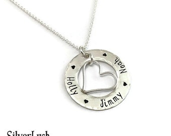 Personalized Mother's Necklace with Three Names