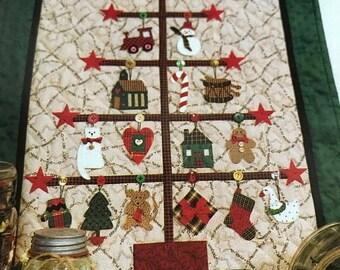 MAYniaSALE Mum's The Word Vintage Trim-A-Tree quilting pattern