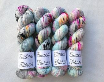 merino wool nylon hand dyed sock yarn 100g / 425m / Eluded Fibres / X