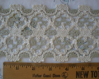 "Crochet Applique Lace trim 3.5"" wide beige celery green edging insert embellish retro BTY yards cluny hippie boho home decor costume"