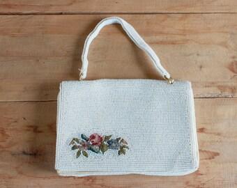 embrayage de perles des années 1950 | fleurs blanches perles point de petit sac à main