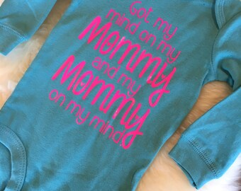 Got my mind on my mommy and my mommy on my mind, rap baby, baby girl,baby shower gift, new baby girl, funny, snoop dog baby, bodysuit