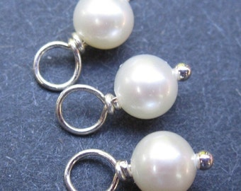 Pearl Charms, Pearl Dangles, Birthstone Charms, Stitch Markers, Necklace Charms, Add a Dangle, Freshwater Pearl Charms,   6mm