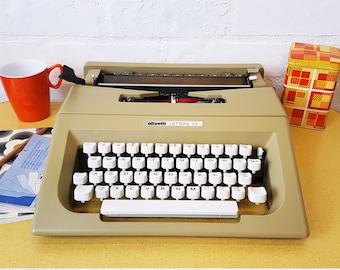 Vintage Olivetti Lettera 25 typewriter