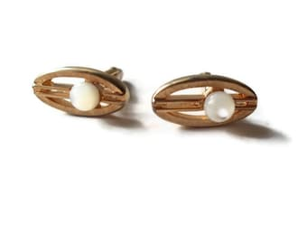 Vintage CuffLinks Swank Mother of Pearl Cuff Links Gold Toned Groom Fathers Day 1960s