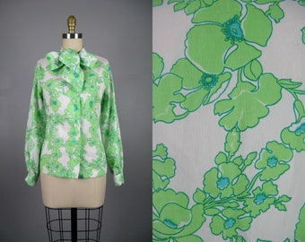 Vintage 1960s Ascot Bow Floral Blouse 60s Green and White Print Crepe Blouse by Glenbrooke