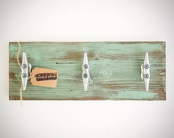 Distressed Wood Dock / Boat Cleat Plank Sign - Seaglass (Teal / Mint / Turquiose) - Wooden Nautical Towel Rack - Key Holder / Coat Rack Hook