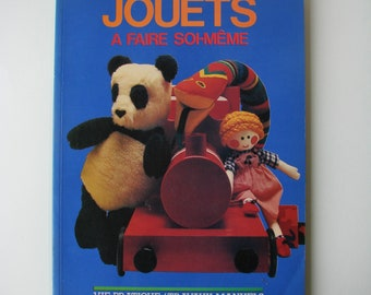 """Vintage """"Toys do-it-yourself"""" book Editions C.I.L 1981, activities."""