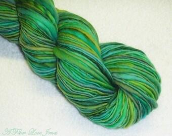Seafoam Laguna Handspun 2 - 212 yds - Thick & Thin - Singles - Squishy - Knitting - Crochet - Weaving - Mixed Media - Fiber Arts - Textiles