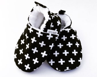 Swiss Cross Baby Shoes, Black and White Baby Shoes, Monochrome Baby, Soft Sole Baby Shoes, Baby Moccasins, Baby Booties, Baby Slippers