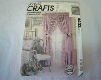 McCall's Crafts, Window Essentials, Pattern # 4402, Instruction Booklet, Factory Fold,  Never Used, McCall's Home  Center,