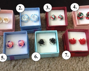 Christmas-themed Rose Earrings
