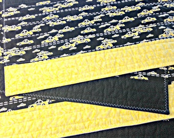 Quilted Placemats, Fabric Placemat, Yellow and Black Placemats, Taxi Decor, Taxis, Yellow Cab, NYC Taxi, Car Placemats, Cars, Car Decor