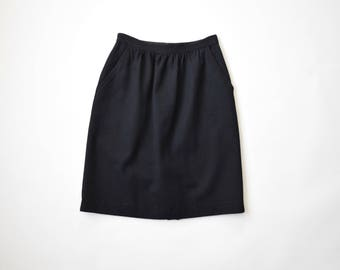 Pleated wool skirt with pockets | size 4 / x-small | black wool skirt |