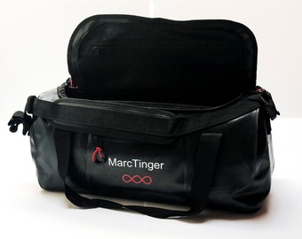 Sports bag waterproof that can be worn on the back