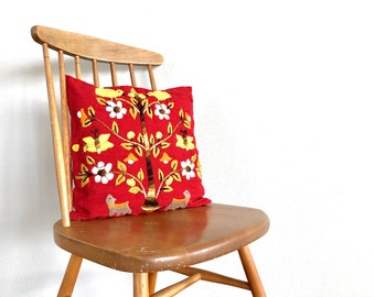 Vintage Pillow   Floral Crewel Embroidered Throw Pillow   Red Linen Decorative Pillow   Home Decor