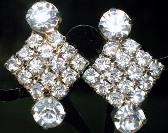 Earrings Wedding Vintage Rhinestones Estate Julianna Style Marilyn Vintage Crystals Art Deco 30s 40s VLV Bling Glitz Bold Chevron Prong Set