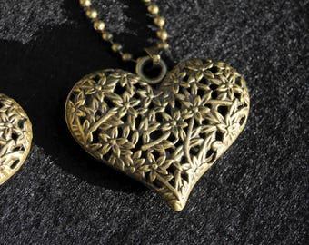 1 PENDANT 30 * 40 MM BRONZE METAL HEART CHARM
