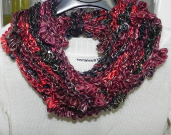 Hand made necklace with multicolor crochet