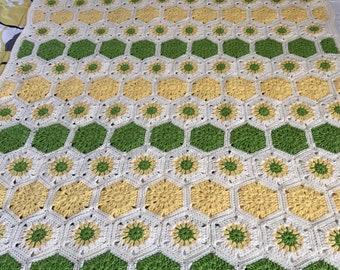 Hexagon Pattern Afghan
