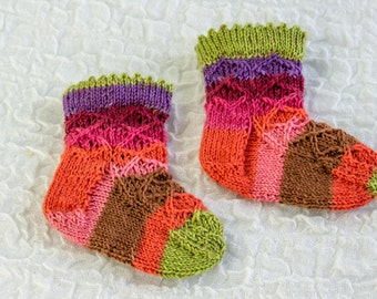 KNITTING PATTERN, Baby Sock Pattern,  Baby Girl Sock Pattern, Knitted Baby Girl Socks with Picot Edge, PDF , Cute Baby Sock Pattern
