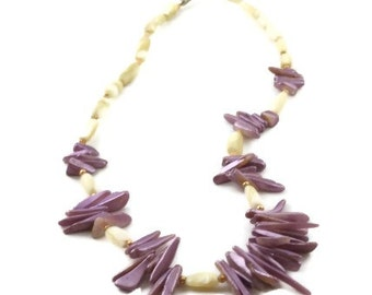 Sea Shell Necklace Lilac White Gold Beads Vintage Near Mint Condition