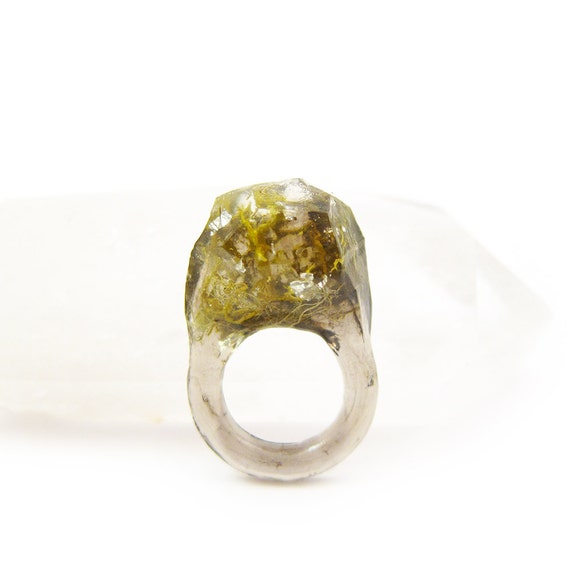 Terrarium + Silver Leaf Resin Ring • Size 4.5