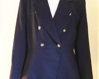 Vintage Christian Dior wool midnight navy blazer.  Plus size 14 and tortoiseshell buttons.  Made in USA.