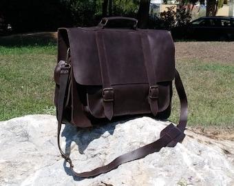Leather Briefcase, Large Messenger Bag. Handmade 17 inch Professional Laptop Bag. Full Grain Leather.