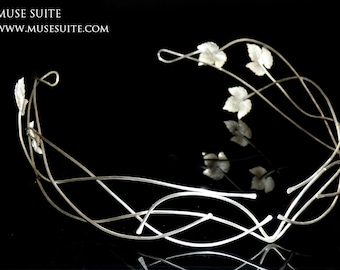 Tiara Galadriel witch, sterling silver. Tiara made by Muse Suite, inspired in Galadriel character of LOTR