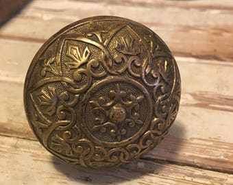 Exquisite antique ornate scroll bronzed finish door knob wine stopper with heart and fleur-de-lis design