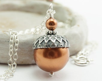 Acorn Necklace Pearl Acorn Necklace Mothers Day Gift Acorn Jewelry Woodland Jewelry Gift for Mom Copper Swarovski Pearl Pendant Necklace