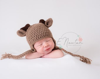 Deer Hat / Baby Winter Hat / Crochet Deer Hat with Antlers / Infant Photo Prop / Halloween Costume /  Made to Order
